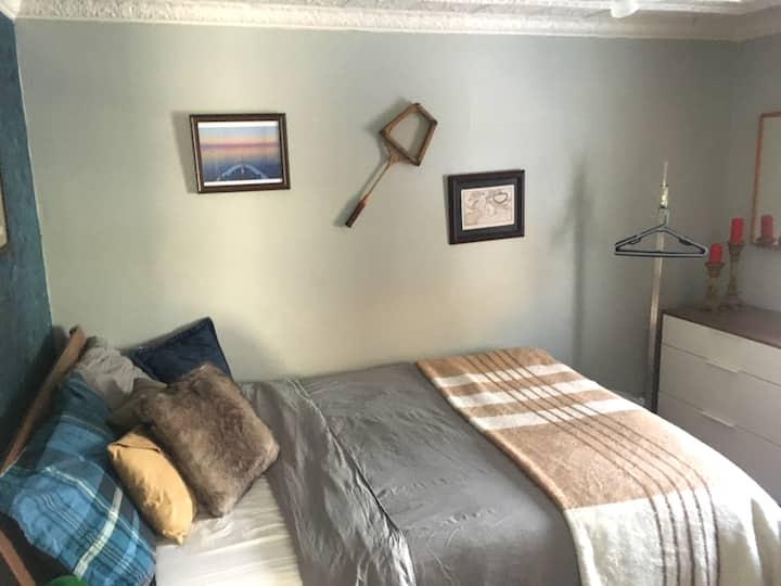 Central, quiet, attractive - Suite in St. Boniface