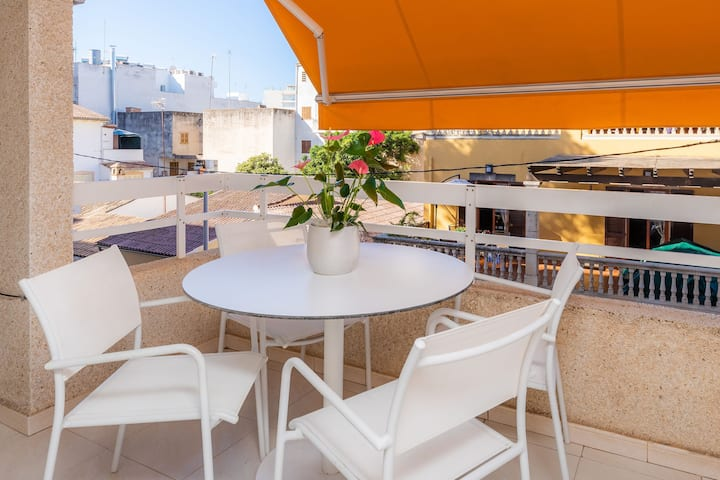Apartment Marbi On the Beach with Balcony, Terrace & Wi-Fi; Garage Available