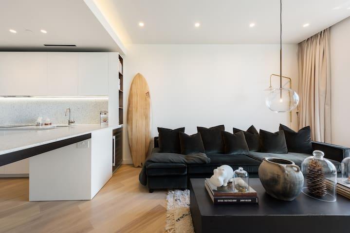 Stunning luxury apartment in prime location