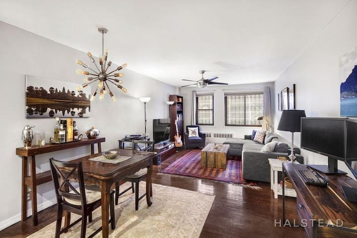 Spectacular 1 bedroom in the historic Chelsea area
