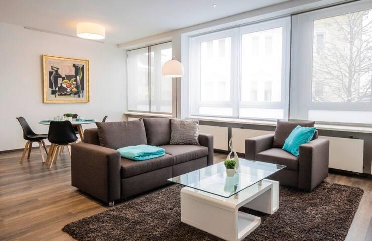 Apartments by Intermezzo, (Albstadt-Ebingen), 2-Zimmer-Apartment, 65qm mit 1 Schlafzimmer für max. 2 Personen