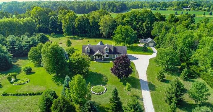 Lavender Park - 5 acre estate
