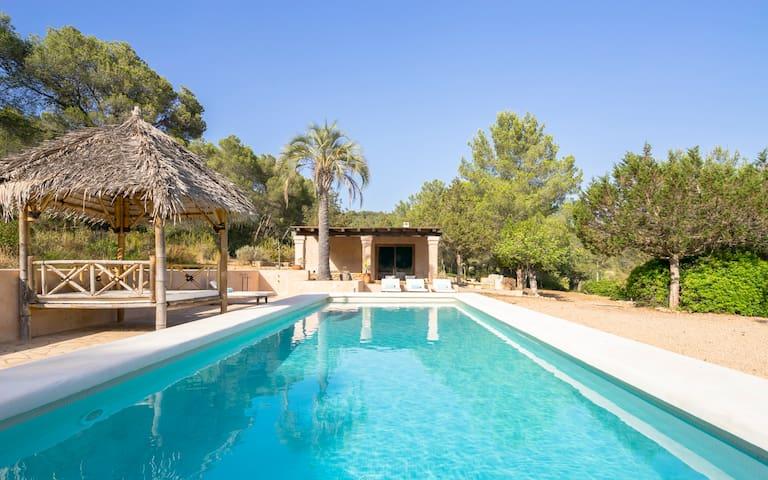 Beautiful finca with pool in Santa Gertrudis