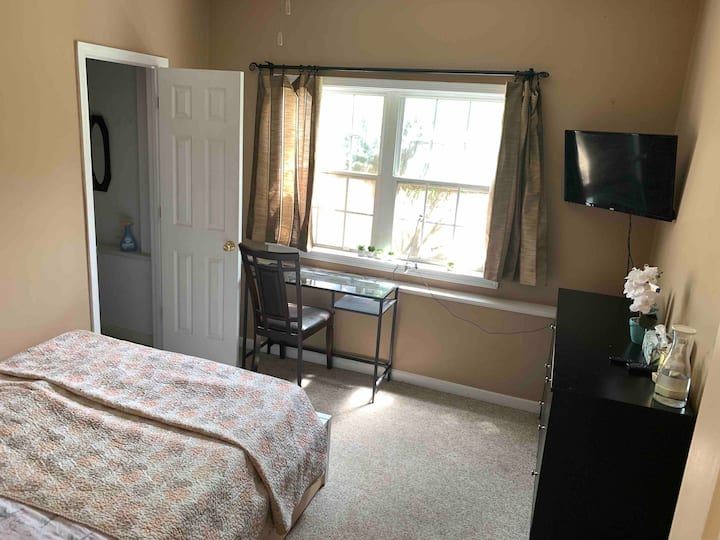 Private room north(Female only) mall of GA, Buford