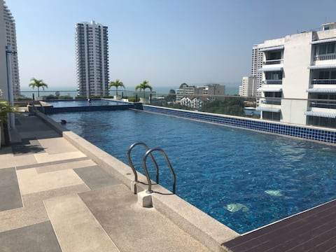 Laguna Bay Beach Apartment - luxury 2 sleeper