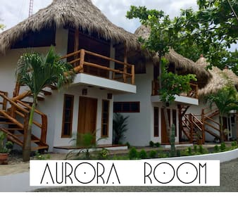 CASITAS PACIFIC | AURORA ROOM IN PLAYA GUASACATE - Tola