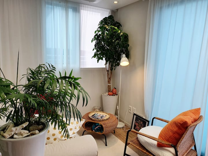 여름을 느끼다. 로멘틱 복층&테라스 (Terrace)X2 하우스