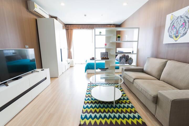 Skybar+ArtDistrict+FoodHub+BTS-2MIN - bangkok - Apartment