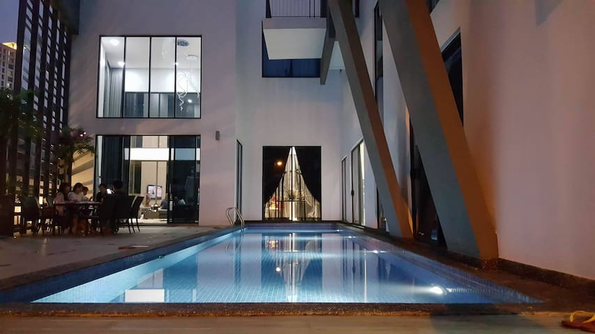 Hartamas Pool Villa@Hartamas Height