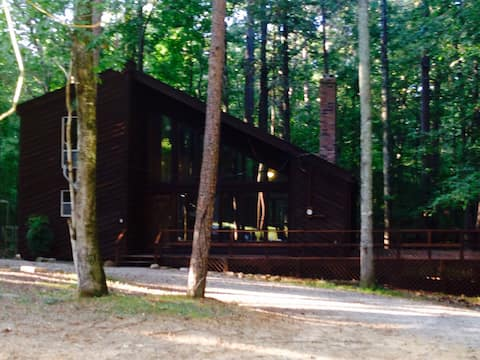 Surprise Valley - Pickwick Lake TN River Cabin 3/2