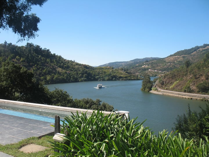 Douro Valley, peace and quiet. Beautiful view