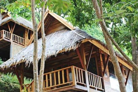 Serene Deluxe Villa - Amazing beach - Ao Nang
