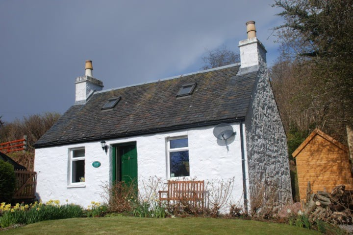 Oak Tree Cottage -Romantic breaks for 2 people