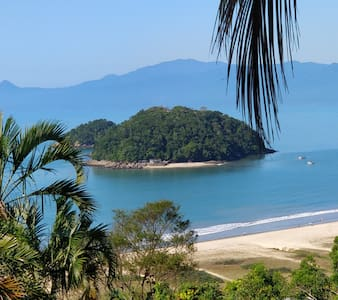Casa Caraguatatuba vista mar na praia da Cocanha