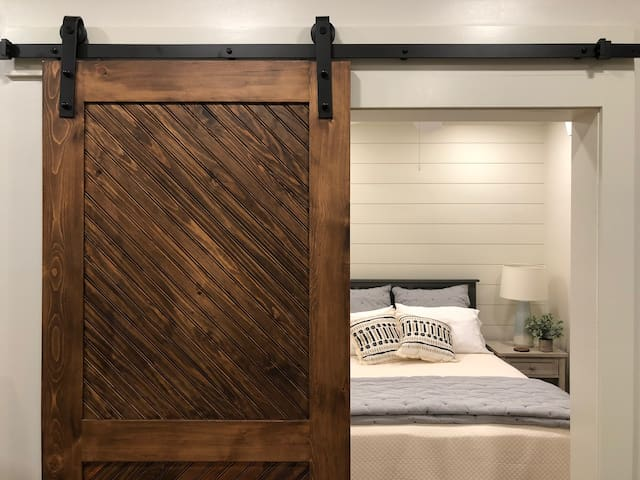 Hillside Cottage: A Peaceful Retreat
