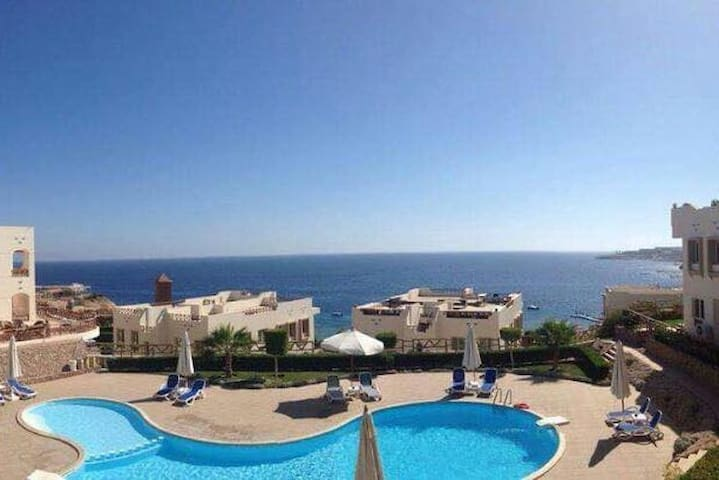 Sea view apartment in a diving and snorkeling site