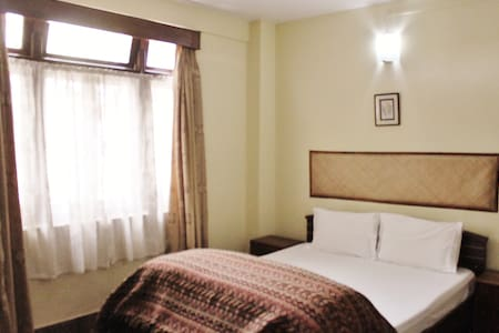 Cosy Room with Breakfast - Gangtok - Villa