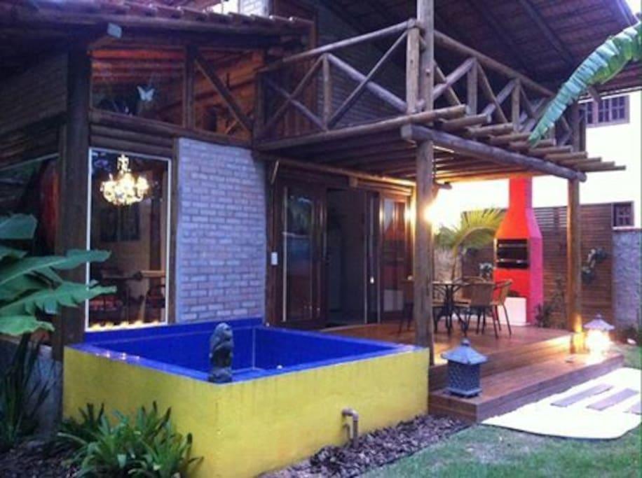 bangalô com churrasqueira e piscina privativa