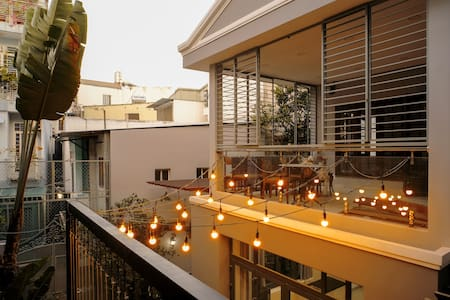 Banbo Homestay - Romantic apart 3mins to Bui Vien