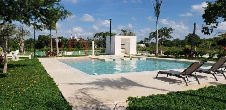 Casa de Mayte, Selva, Cenotes, Ciudad y playa.