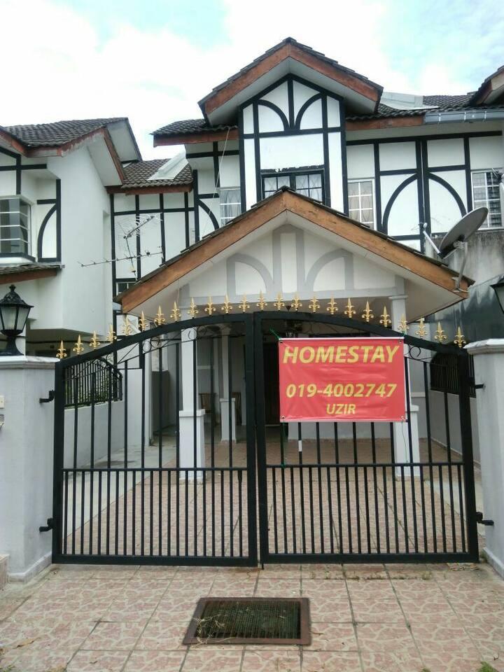 Homestay Puncak Alam (homestay zon K)