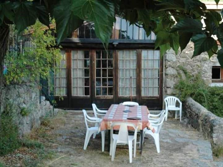 Apartment with 2 bedrooms in Valleraugue, with wonderful mountain view and furnished terrace