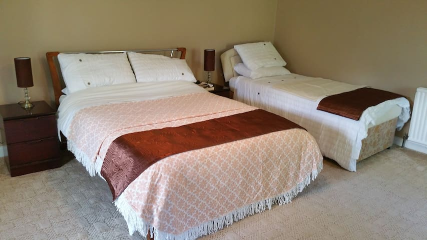 Country house Donaghadee. Room only - Ards - House