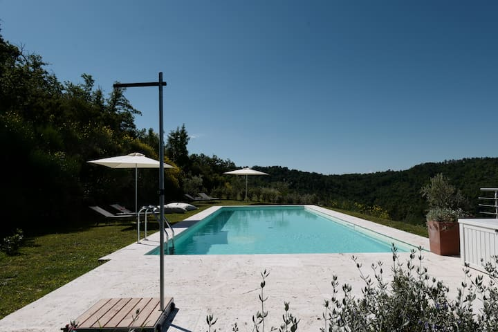 panoramic swimming pool for exclusive use