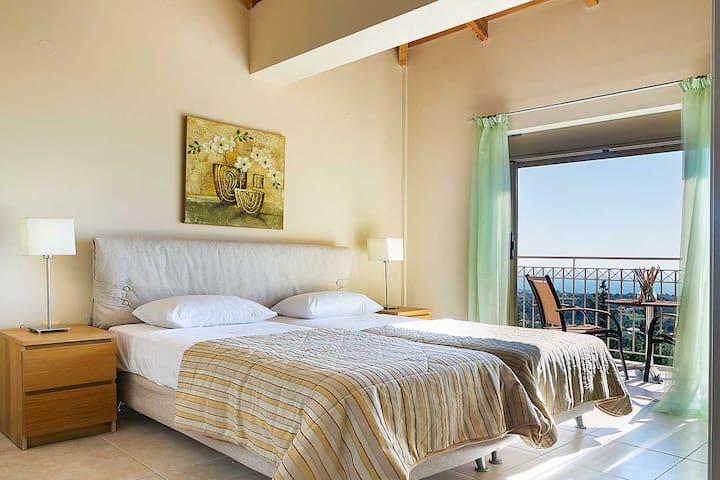 Twin Bedroom 1 (First Floor)