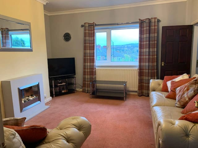 Welcoming 2 bedroom holiday home close to Durham