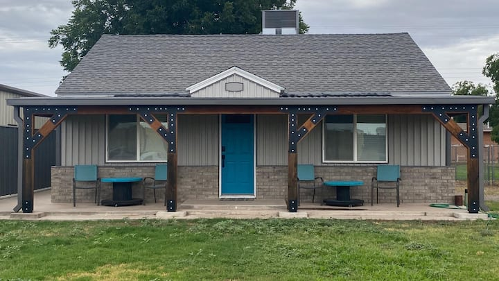 Casita Teal (no cleaning fee)
