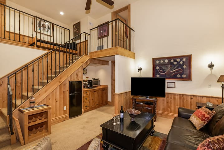 Cozy 1BR Apartment minutes from downtown Aspen