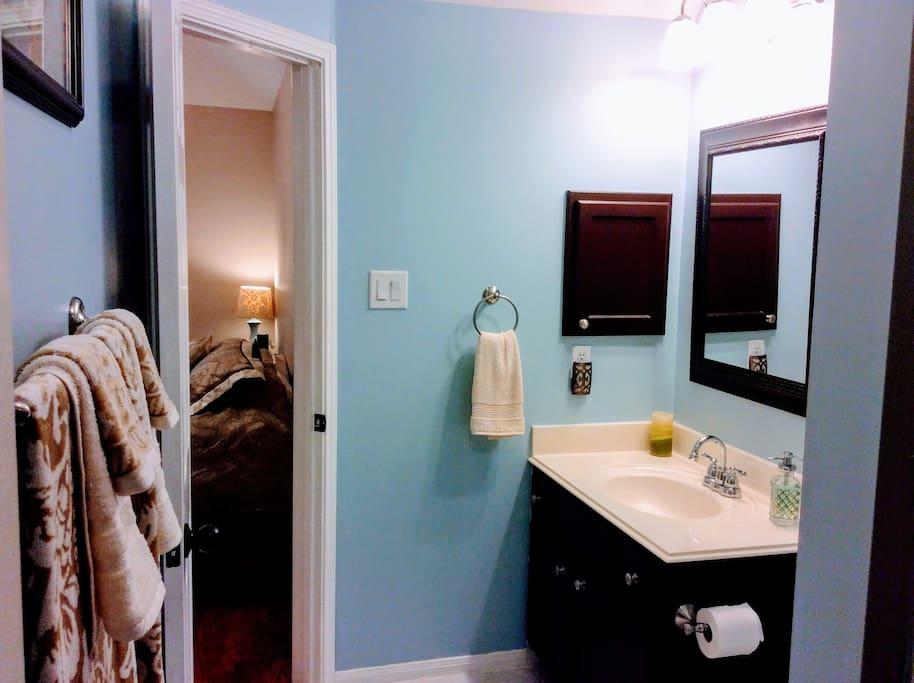 Clean Private Bathroom!