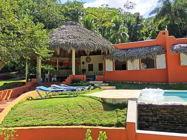 Villa de 3 habitaciones con piscina privada