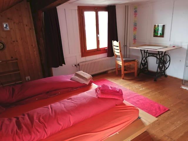 Schlafzimmer-2 im 1. OG