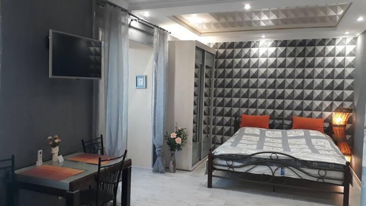 Квартира на Луначарского 7а