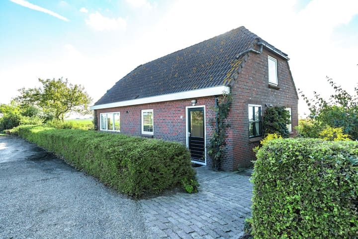 Peaceful Holiday Home in Finsterwolde with Barbecue