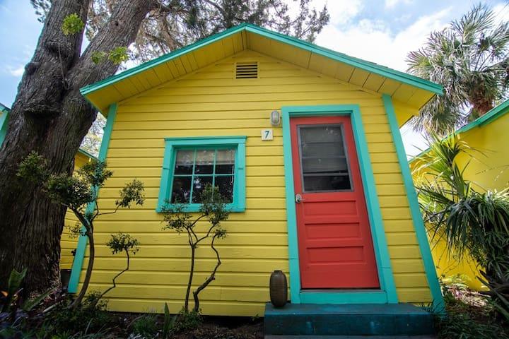 Firefly Resort Cottages' Redfish Cottage, Cedar Key