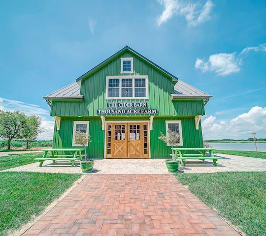 Thousand Acre Farm Waterfront Farm  Sunset Suite