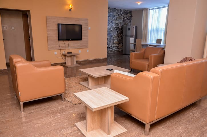 Stunning 3-Bedroom Duplex Penthouse Apartment