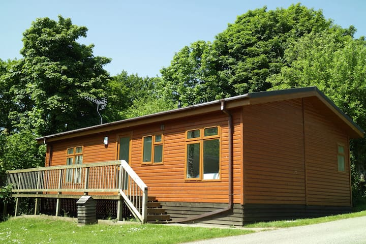 Luxury 2 bedroom lodge on quiet rural holiday park - Ovingham - Srub