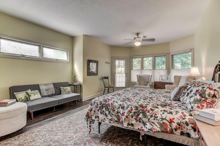 Oak Room @ Three Pines Petersburg