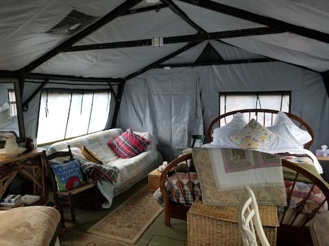 Beautiful yurt-like tent/campsite in central NH!