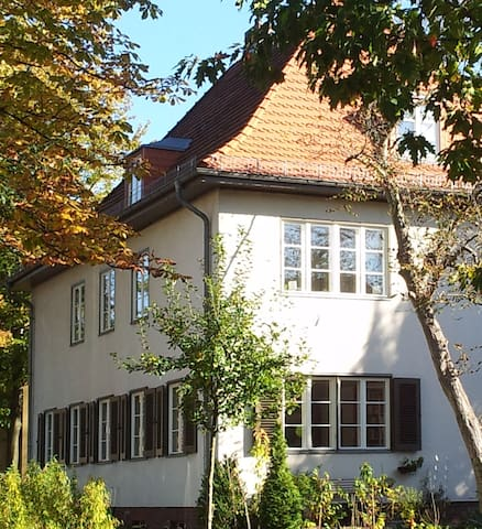 GORGEOUS HOUSE IN POTSDAM, AT LAKE HEILIGER SEE