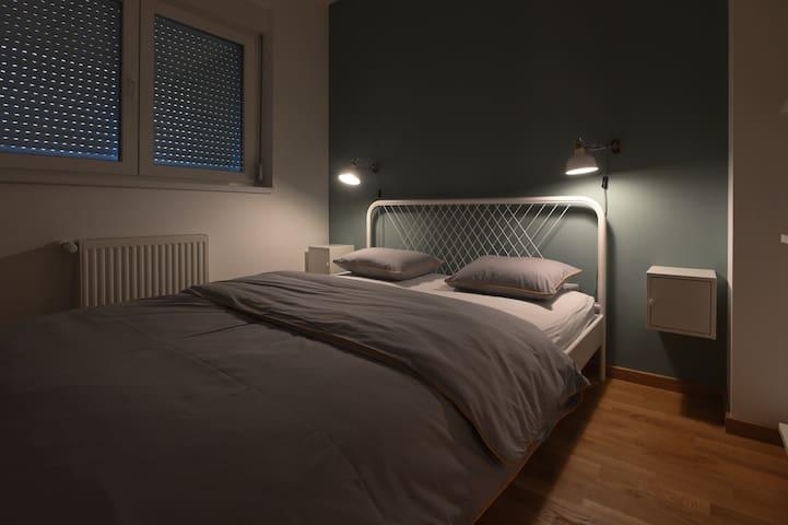 Apartment Modern Bedroom Romantic