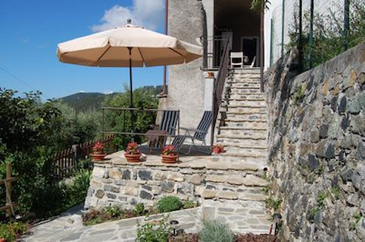 Casa di campagna con splendida vista e Giardino - Sasseta - Appartement