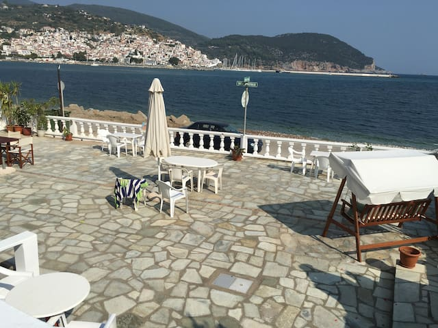 Villa Apostolis Studios--Balcony, private - Skopelos - Apartamento
