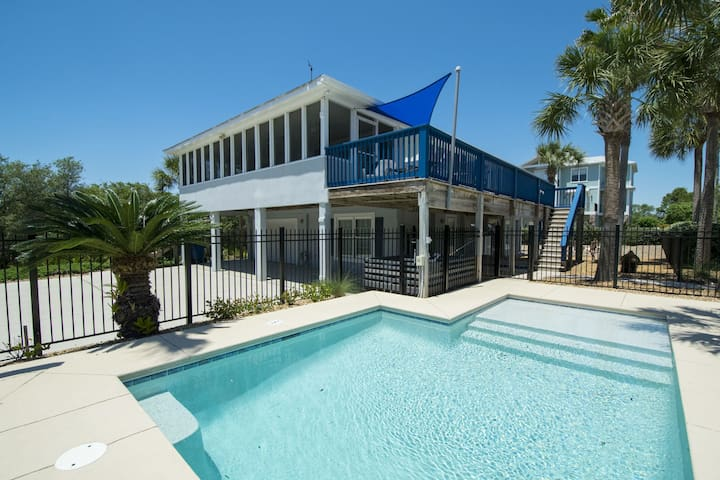 Paradise30A~Lagerheads, Pet-Friendly, Private Pool, Spring Discounts!