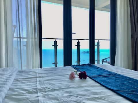 海陵岛敏捷黄金海岸高层28楼稀有正海景三房两厅两卫/主卧次卧都可躺床上看海,大客厅大飘窗望海,看日出