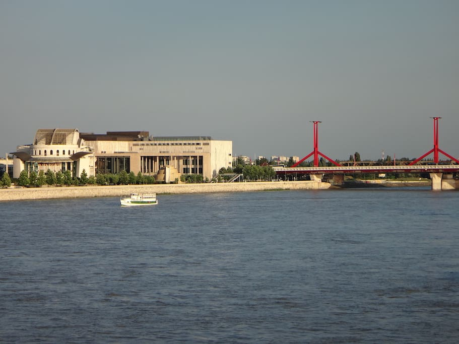 Panorama with the Hungarian National Theatre